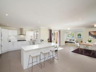 Superior Single Level Residence In Premier Suburb - Green Point