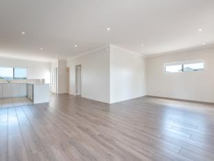 Penthouse living near the Broadwater - Runaway Bay
