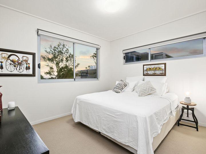 3301/1-8 Nield Avenue, Greenwich, NSW