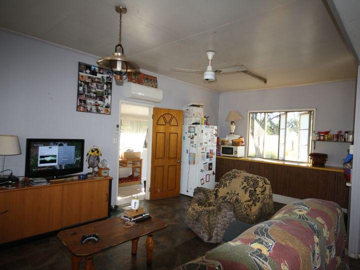 20 Bonny Street, Ideraway, Gayndah, QLD