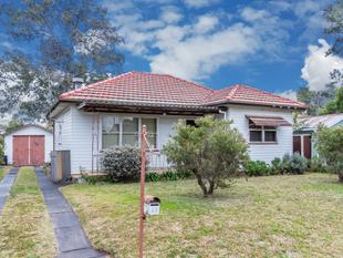 Charming Cozy Three Bedrooms Cottage ! - Blacktown