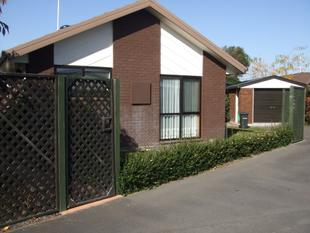 Burwood Small Family Home - Burwood
