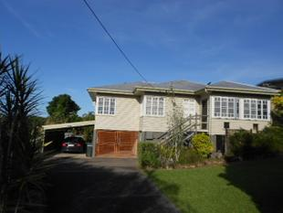 GOOD LOOKING 4BR EAST SIDE HOME WITH POOL - East Innisfail