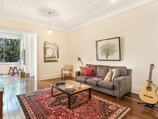 Spacious 77SQM One Bedroom Apartment - Darlinghurst