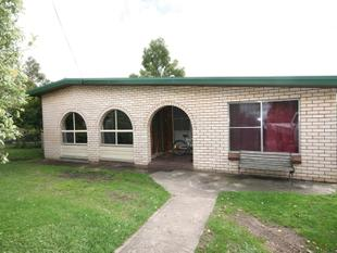 Plenty of space and Great location - Oberon