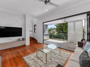 LUXURY, LIFESTYLE, LOCATION - PERFECT! - Kangaroo Point