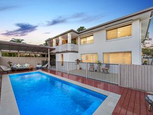 FULLY DECKED OUT - FAMILY ENTERTAINER - TICKING ALL THE BOXES! - Aspley