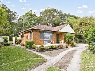 Neat 2 -3 Bedroom Home - Chatswood