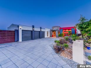 Sophisticated Architectural Designed Entertainer - Tarneit