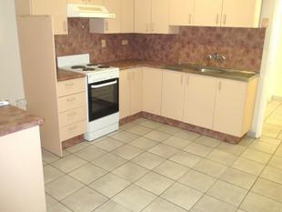 Renovated 2 Bed unit in a quiet Parkside Avenue! - Mount Isa