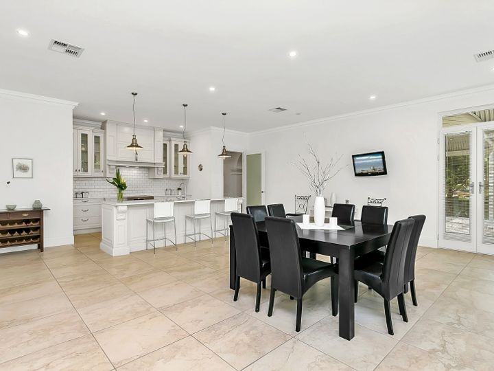 1 Katherine Grove, Crafers, SA