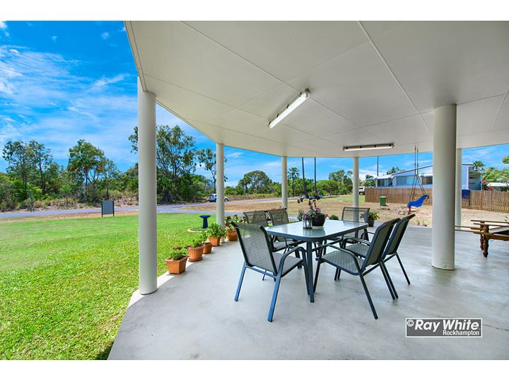 784 Scenic Highway, Kinka Beach, QLD