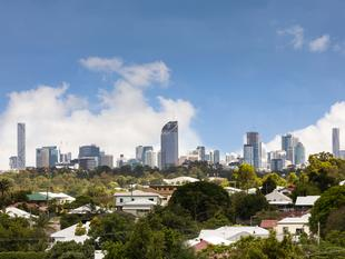 Urban Chic with City Views! - Annerley