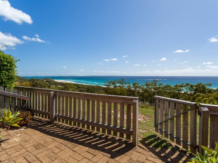 34/21 Cumming Parade, Point Lookout, QLD