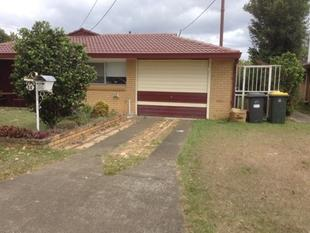 NEAT AND TIDY HOME WITHIN WALKING DISTANCE TO EVERYTHING - Sunnybank