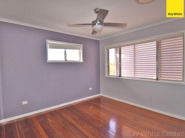 8 Tyrrell Road, Jamboree Heights, QLD