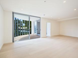 Brand New Luxury living apartment - Willoughby