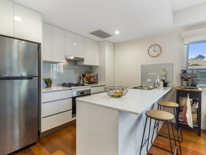 12/27 York Street, Indooroopilly, QLD