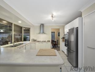 IMMACULATE FAMILY HOME - THE ULTIMATE ENTERTAINER!! - Deception Bay