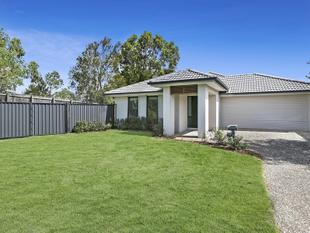 Fantastic Location ! Walk to shopping centre !  $465,000 neg - Kallangur
