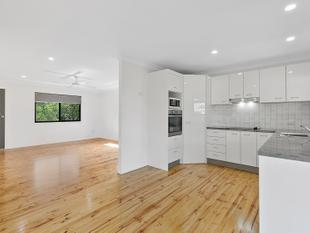 Newly renovated Modern Kitchen, bathroom, freshly painted throughout! - Capalaba