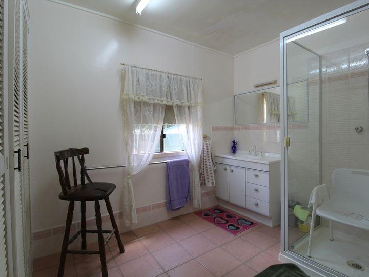 27 Bellambi Street, Toogoolawah, QLD