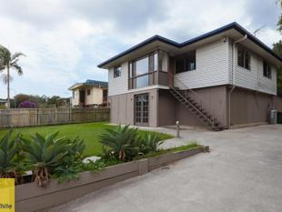 FAMILY HOME WITH ALL THE FEATURES - Boondall