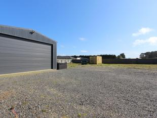 Fully Serviced Building Site With Man Shed! - Waikiwi