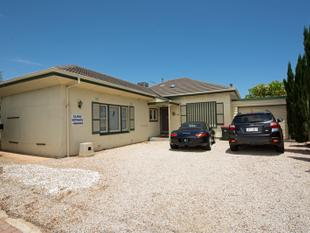 Consulting rooms and rented home in strategic location. - Warradale