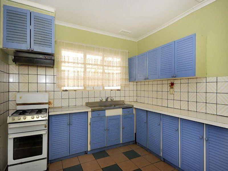27 Latham Crescent Dandenong North Vic Rental House For Rent