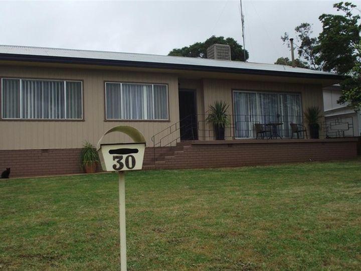 30 Moor Street, Parkes, NSW