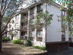 STONE THROW AWAY FROM MACQUARIE SHOPPING CENTRE!! - Macquarie Park