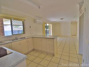 4 BED. 2 BATH + AIR CON IN MOGGILL - NEW CARPET AND FRESH PAINT - Moggill