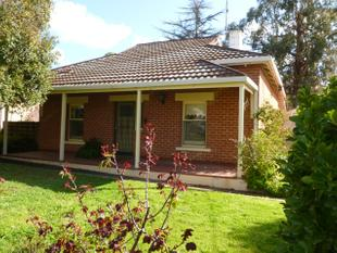 3 Bedroom Home In Great Location - Clare