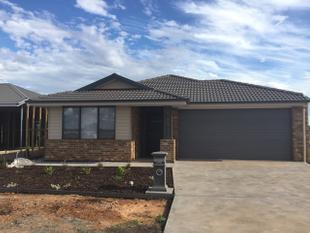 NEAR NEW 3 Bedroom Home - Munno Para West