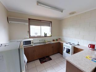 Close to Schools & Shops - Swan Hill