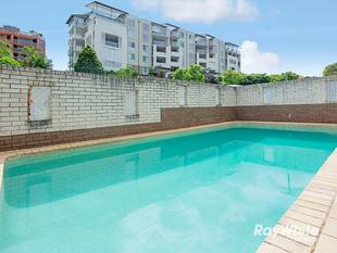 Pool & Air Conditioning! - Clayfield
