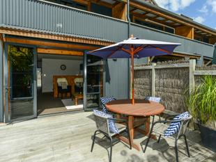 Townhouse, Lock Up & Go, or Rental - Havelock North