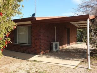 Close to shops! - Wallaroo