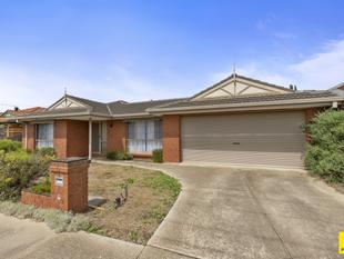 Just Listed - Large Family Home - Hoppers Crossing