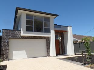 NEAR NEW SPACIOUS HOME - Henley Beach