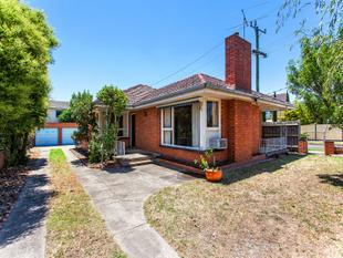 Light and bright family home! - Bentleigh