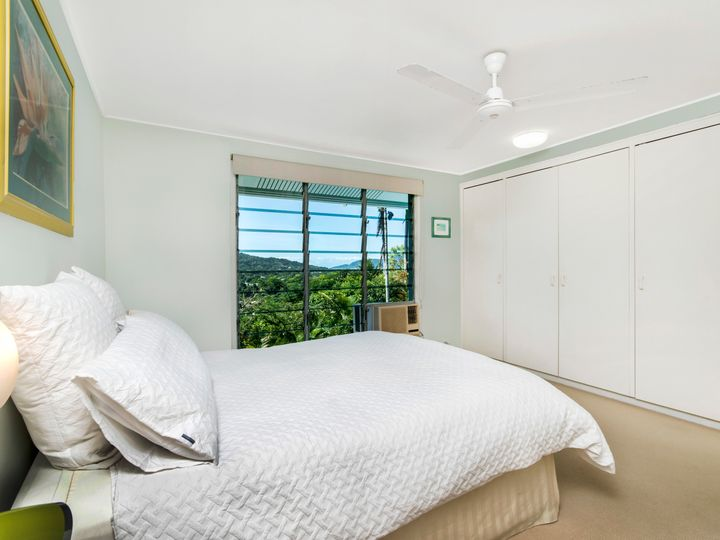 3 Aldinga Close, Whitfield, QLD