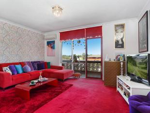 Sunny, spacious and ultra-convenient lifestyle opportunity - Botany