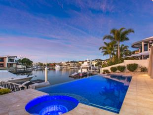 Ultra-modern North-facing Sovereign Islands Waterfront Mansion - Sovereign Islands
