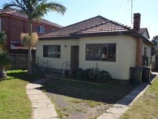 LOVELY AND COSY 4 BEDROOM HOUSE - Merrylands