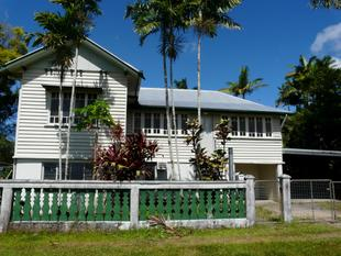LARGE FAMILY HOME WALKING DISTANCE TO TOWN - Innisfail