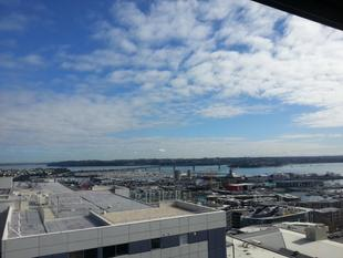 Sky High with Views - Auckland Central