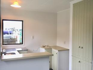 Tidy Two Bedroom house - Henderson