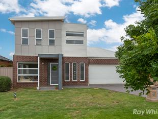 Fantastic Home in Great Location! - Caroline Springs